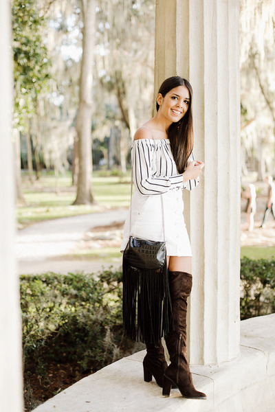 dark brown over the knee boots - black fringed Zara bag