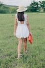 Burnt-orange-bag-white-eyelet-pacsun-shorts-white-eyelet-pacsun-top