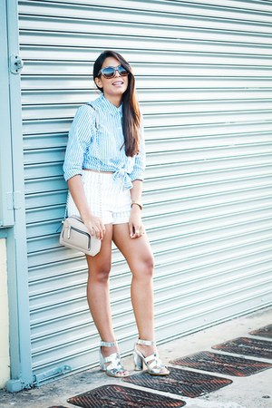 sky blue striped Forever 21 shirt - white high waisted Forever 21 shorts