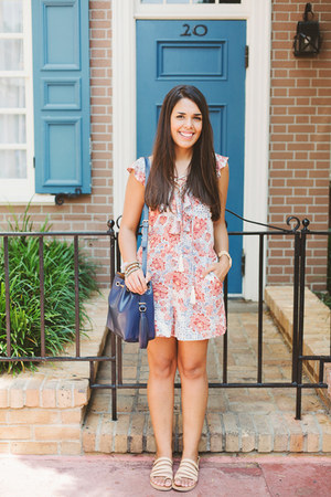 light pink PacSun romper - navy Zara bag
