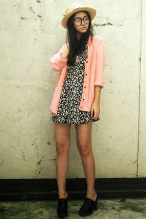 black Pink Manila - salmon cardigan - black shoes - hat