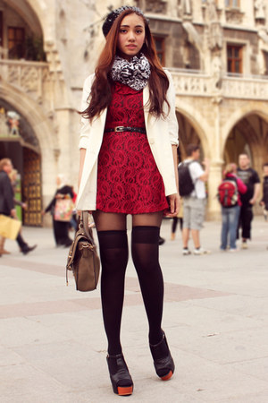 ruby red lace Trunk Show dress - ivory oversized H&M blazer