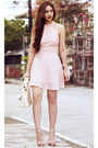 Light-pink-halter-missguided-dress