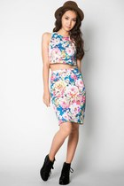 sky blue cropped floral ezra top - sky blue pencil skirt ezra skirt