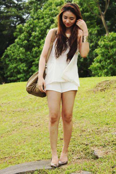 white shorts - white top