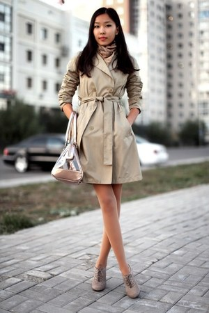 tan Geox boots - tan Mango coat - tan Bershka bag