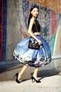 Black-choies-bag-blue-chicwish-skirt