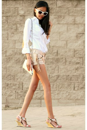 ivory Zara glasses - cream Stradivarius bag - beige Bershka shorts