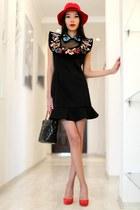 black Chicwish dress - red romwe hat