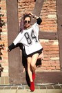 Red-ankle-boots-nasty-gal-boots-white-sporty-forever-21-sweater