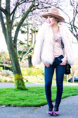 camel asos hat - light pink faux fur Zara jacket