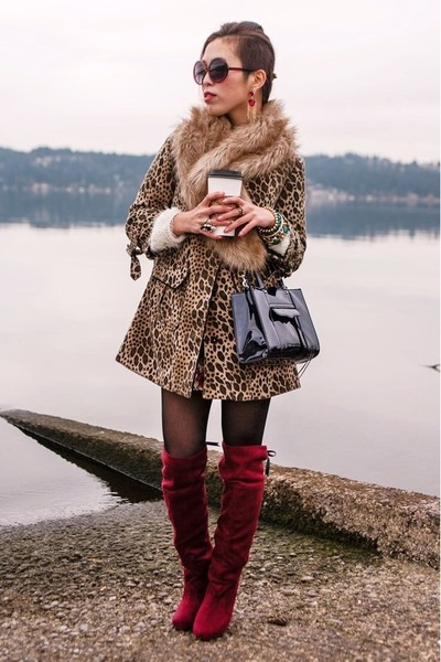 white fuzzy nowIStyle sweater - ruby red knee high JustFab boots