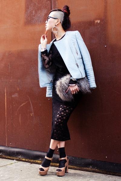 black free people skirt - nude platform Forever 21 shoes - sky blue Zara jacket