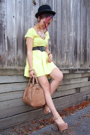 gold Forever 21 ring - light yellow skater Charlotte Russe dress