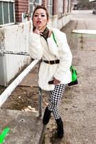 black Steve Madden boots - white faux fur nowIStyle coat