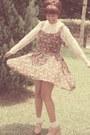 Velvelt-floral-lush-serendipity-dress-lace-socks-daiso-socks