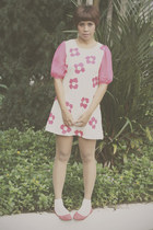 bubble gum Lush Serendipity dress - ivory lace socks Daiso socks