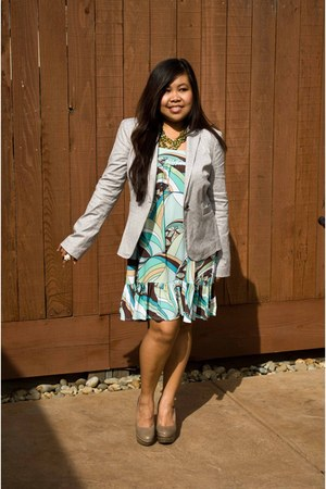 turquoise blue prints brown dress - heather gray banana republic blazer