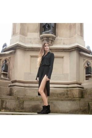 black leather Aldo boots