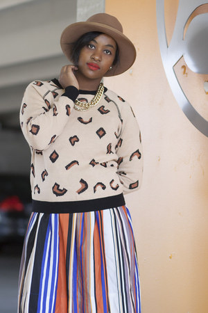 tan vintage hat - blue Jessica Simpson dress - carrot orange StyleScan sweater