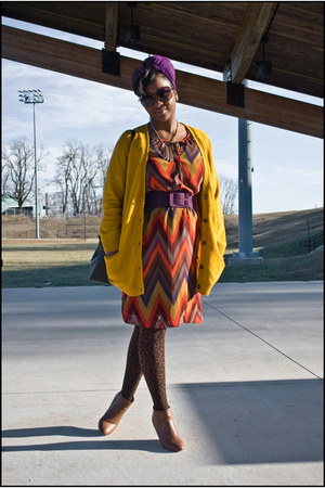 Forever 21 boots - banana republic dress - Forever 21 tights