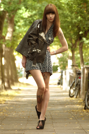 blue selfmade dress - black Topshop shoes - black vintage jacket