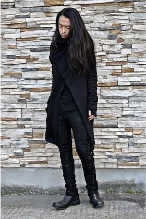 coat - boots - jeans