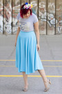 Flower-crown-hair-accessory-sky-blue-vintage-skirt-t-shirt