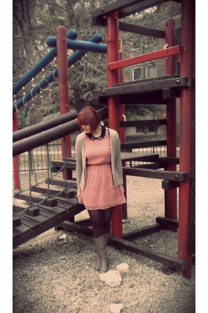 light pink Bershka dress - crimson pull&bear tights