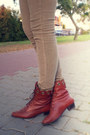 Camel-new-yorker-pants-brick-red-vintage-shoes-blue-h-m-shirt