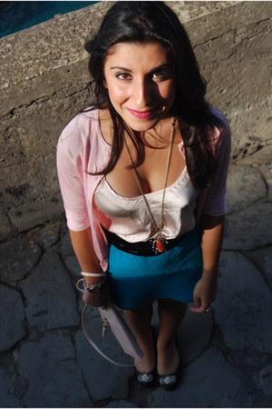 Zara cardigan - H&M purse - Bershka skirt - H&M necklace - Zara flats