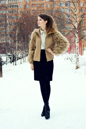 tan Zara coat