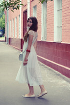 white Zanzea dress