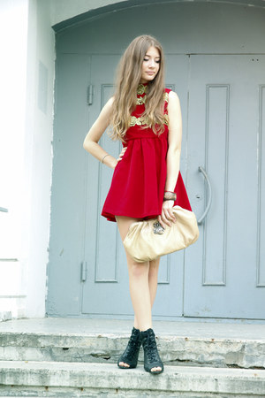 ruby red corduroy Zanzea dress