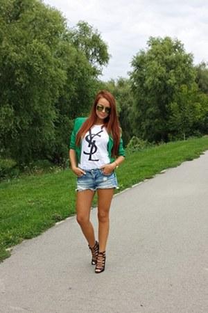 YSL shirt - Bershka shorts - Ray Ban sunglasses - Zara heels
