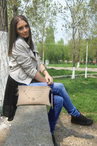 black Zara shoes - blue pull&bear jeans - eggshell pull&bear jacket