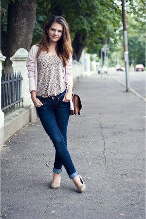 beige H&M shoes - navy H&M jeans - burnt orange Stradivarius bag