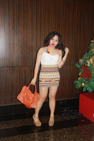 carrot orange tribal skirt Forever21 skirt - carrot orange balenciaga bag