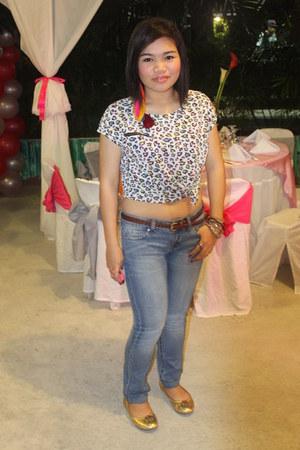 bubble gum crop top Cache Cache top - navy skinny jeans Mango jeans