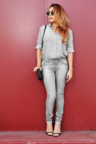 gray Bella Dahl top - charcoal gray Zara jeans