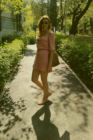 bubble gum Bershka dress - tawny Dolce Vita bag - black H&M glasses