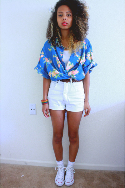 570a0a2506fa white Converse shoes - sky blue floral vintage shirt - white shorts