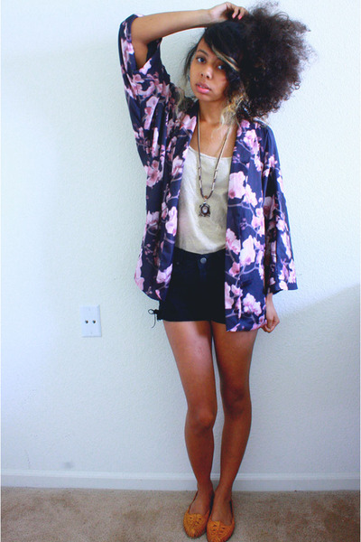 puce blossom shawl H&M cardigan - black Old Navy shorts - neutral J Crew top