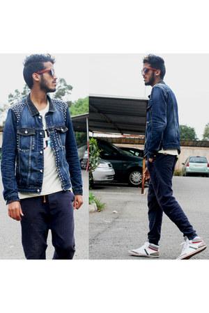 jeans Zara jacket - rayban sunglasses - cotton pull&bear t-shirt