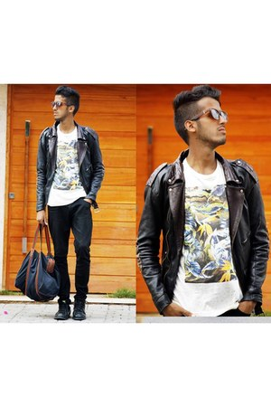 black leather PERFECTO jacket - black Gucci bag - Ray Ban sunglasses