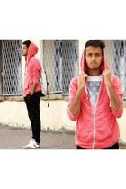 pull&bear sweater - pull&bear t-shirt - Zara pants - pull&bear sneakers