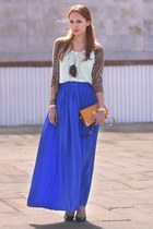 blue maxi skirt Mango skirt - dark green pointed Zara shoes