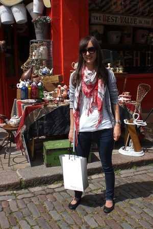 Shopping on Portobello Road