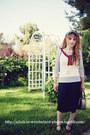 Brick-red-sleeveless-anthropologie-sweater-navy-vintage-purse