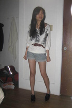 f21 shirt - kimchi and blue shorts - calvin klein belt - shoes